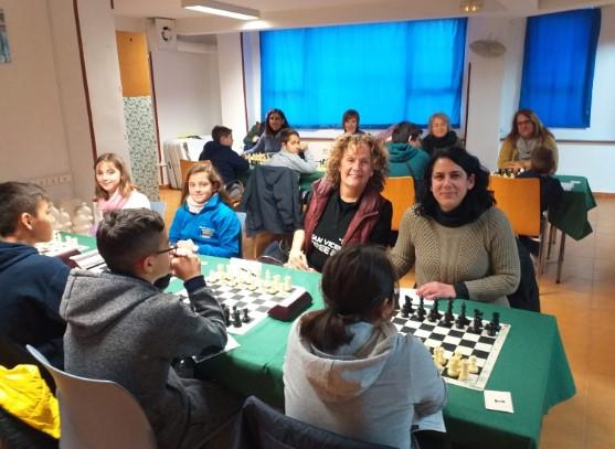 1ª PROV. El Raspeig estrena equipo femenino (Crónica por MF Daniel Navarro)