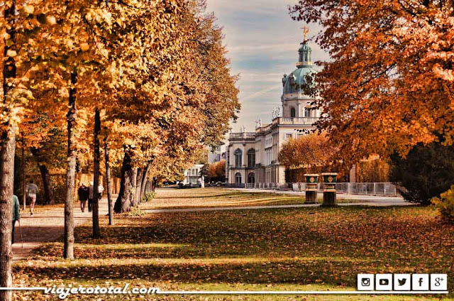 Charlottenburg - Berlin - Germany - Alemania - Otoño - Autumn