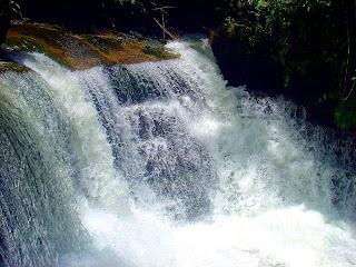 Close da Cachoeira Sete Quedas, no Sana