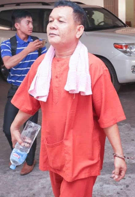 Former military officer Soth Vanny, 45, arrives at the Phnom Penh Municipal Court for his trial yesterday. KT/ Mai Vireak