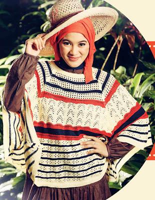Alyyssa soebandono pakai hijab naitral dengan baju rajutan manis model hijab cantik