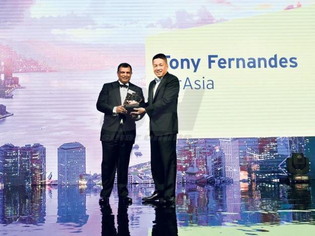 Kisah Kejayaan Tony Fernandes