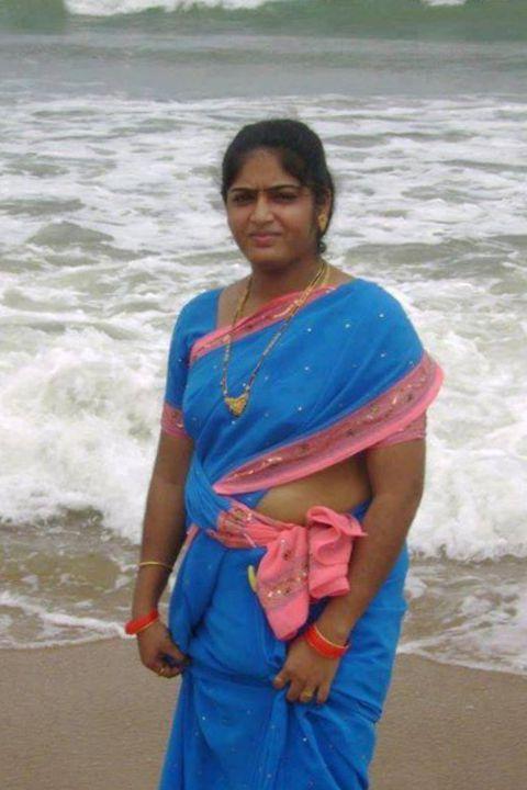 25 Hot Indian Housewife Photos  Hindi Kahaniya-3630