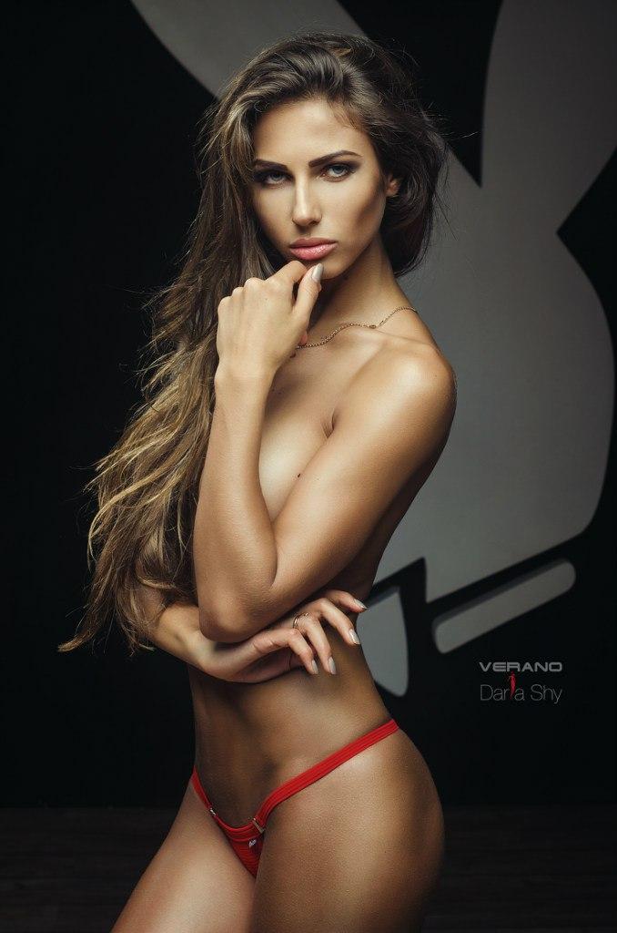 Daria Shishova - Galeria 2 Foto 1