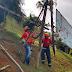 Defesa Civil remove outdoors que ameaçavam desabar na Avenida Ruy Barbosa