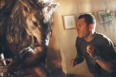 Hero Worship: DOG SOLDIERS is one hell of a movie...