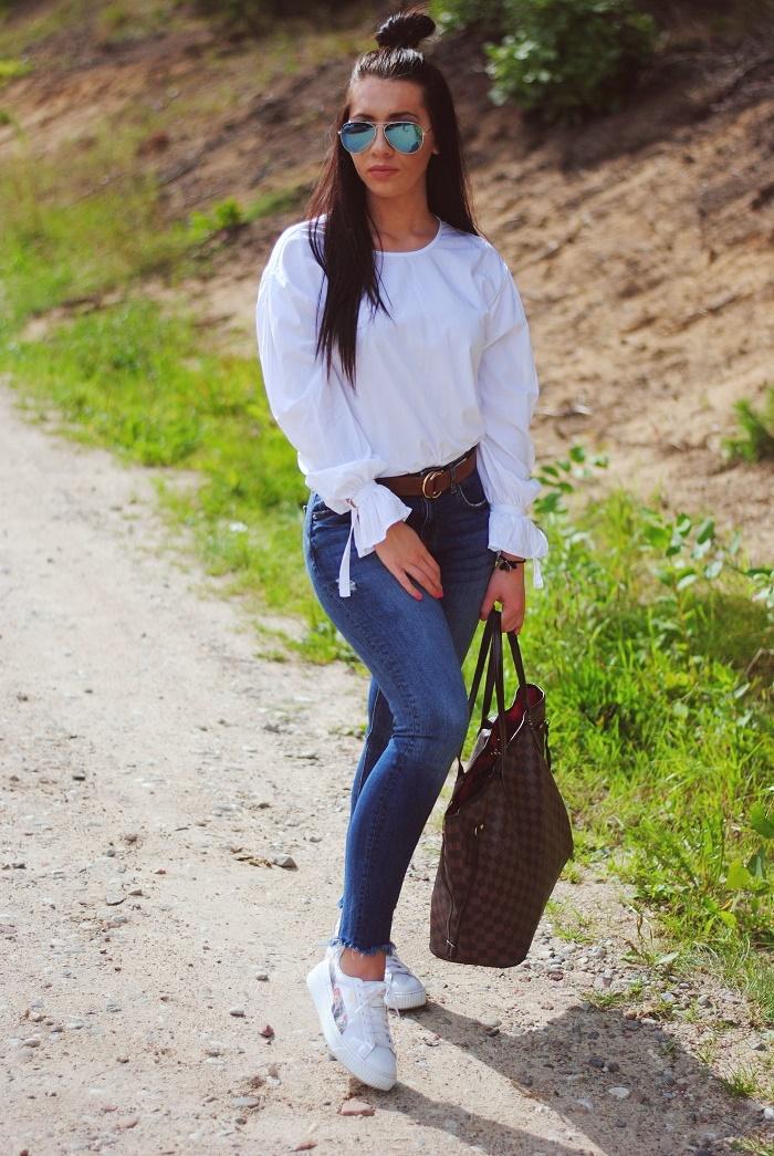 Simple jeans look