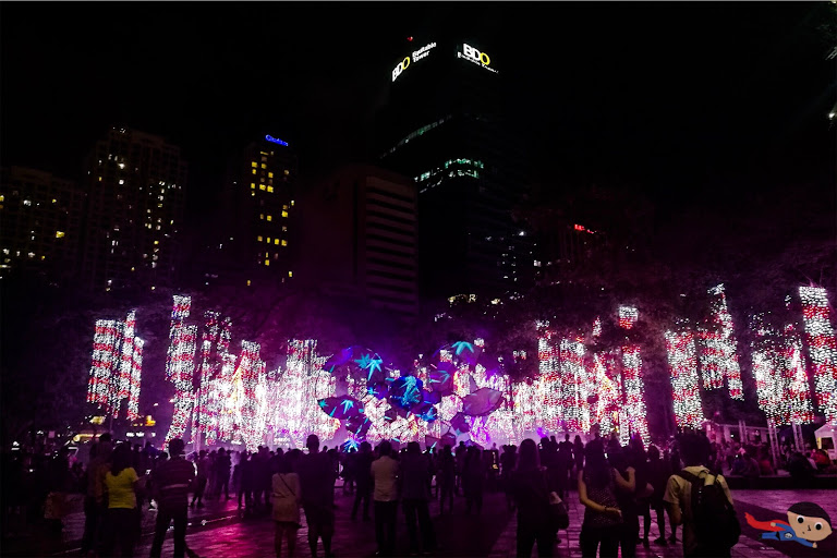 Ayala Triangle's Christmas Light Show in Makati City