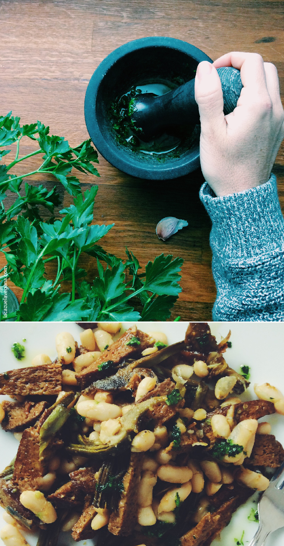Alubias salteadas con seitán y alcachofas. Picadillo de ajo y perejil.