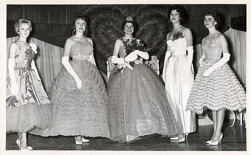 Prom Flowers: TBT 1950's Prom