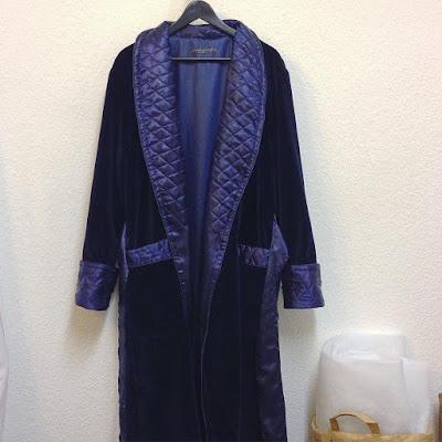 Mens classic elegant velvet dressing gown navy blue quilted silk shawl collar long luxury robe bespoke XS S M L XL XXL 3XL Plus Size English 19th century style