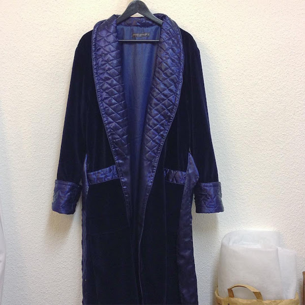 Men' Navy Blue Velvet And Quilted Silk Dressing Gown