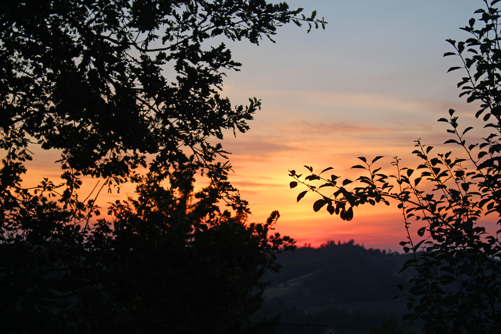 Sunset in Piemonte, Italy - travel & style blog