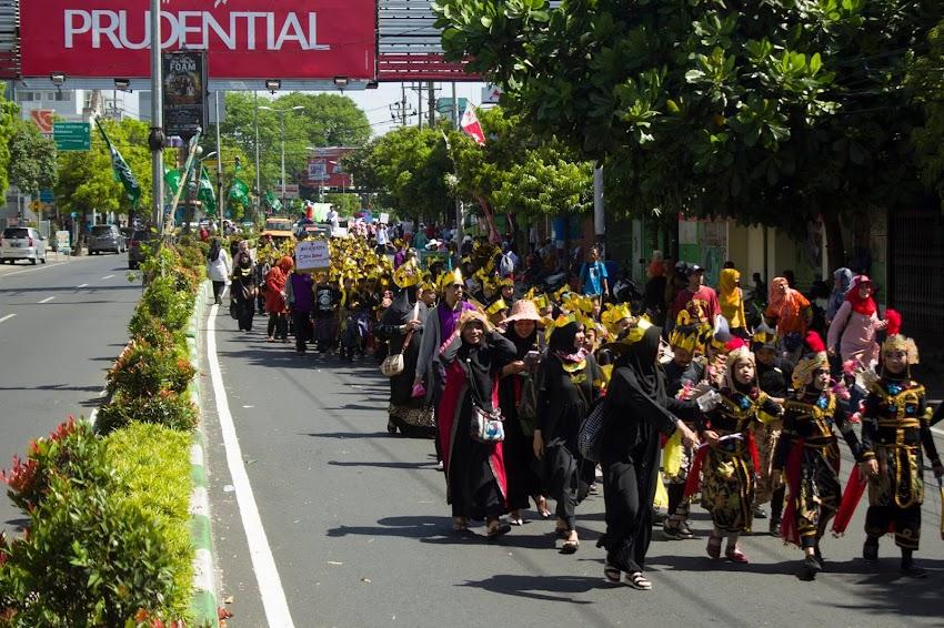 Parade Muharram 1439 H Kota Malang : Perguruan Surya Buana Sabet Juara 2 Kategori Penampilan Terunik