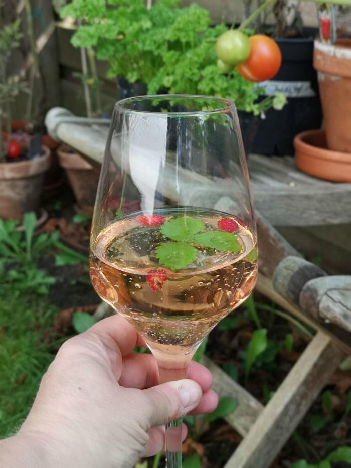 annelies design, webbutik, webbutiker, vinglas, bubbles, bubblor, i botten, champagneglas, dekoration,