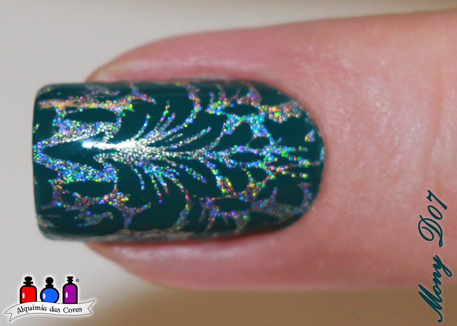 Bourjois, God Save the Green,Placa Decor Unhas, carimbada, esmalte, holográfico, harp on it, color club, seche vite, Simone D07, Mony D07