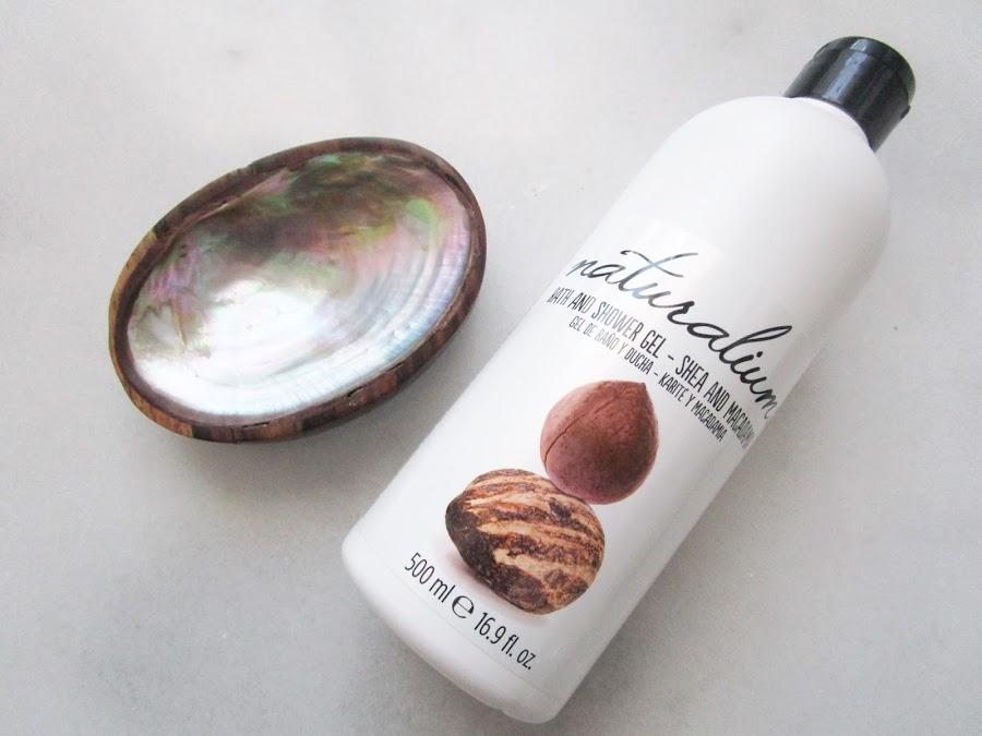 Aromas Perfumerias naturalium--beauty box