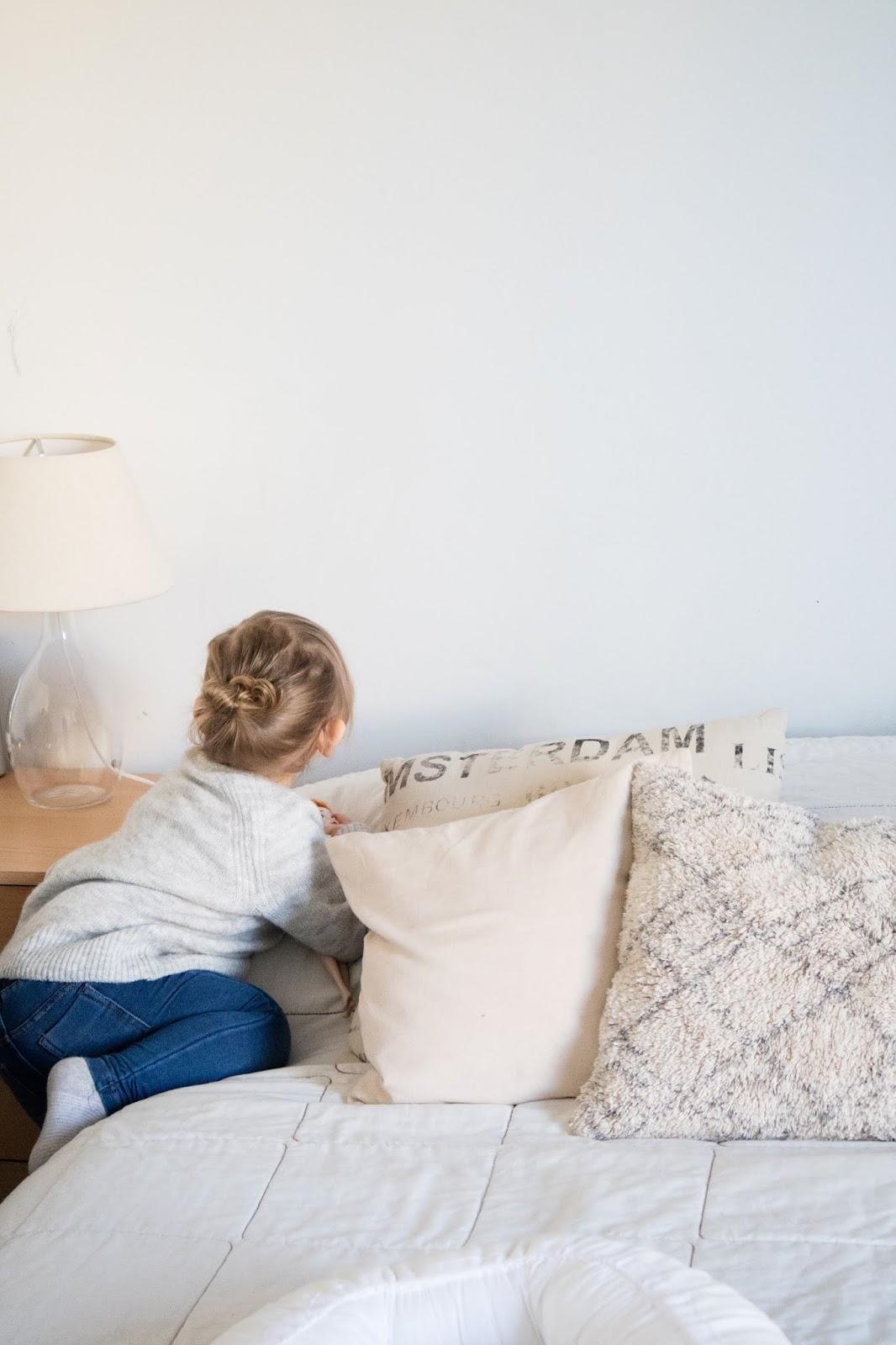 Viikkokatsaus, Viikon kootut, taapero, esikoinen, Little E, makuuhuone, klassisen boheemi sisustus