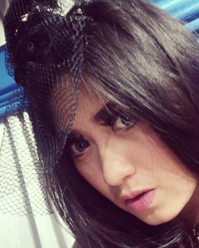 Yeyen Vivia Sagita : Kiddle.ID