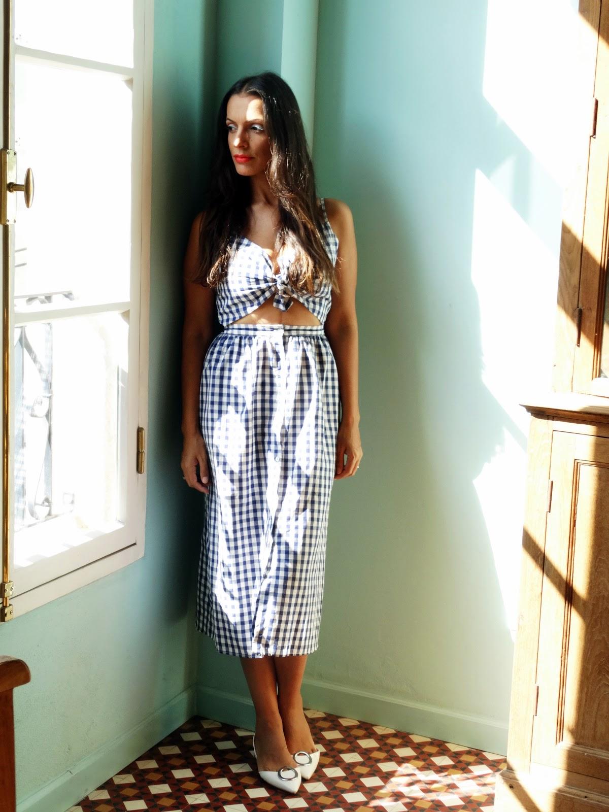 שמלת משבצות הגינגהאם