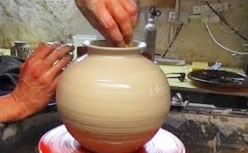Making a Round Pottery Vase on the Wheel