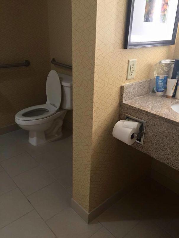 Poor desigm funny toilet roll