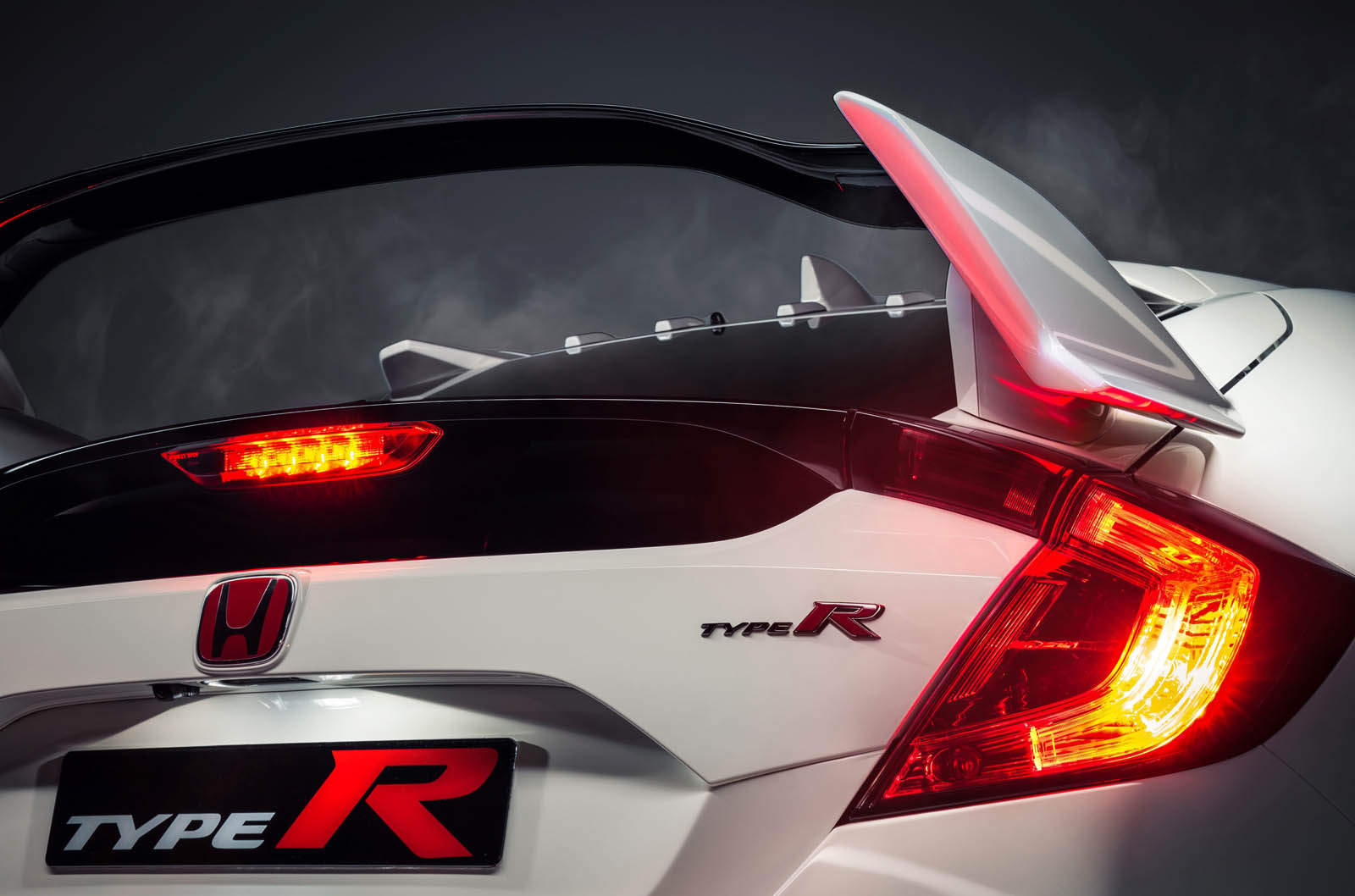 Honda S New Civic Type R Is The Hot Hatch We Ve All Been