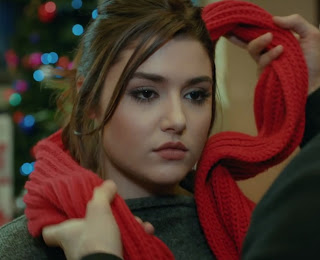 Miss Turkey Hande Ercel As Hayat Uzun In Turkish TV Serial Ask Laftan Anlamaz (67)