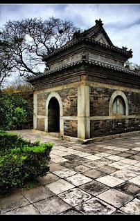 Tumba de eunucos de la dinastia Ming