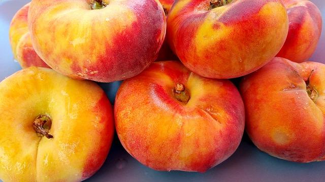 Peaches are the Georgia state fruit.