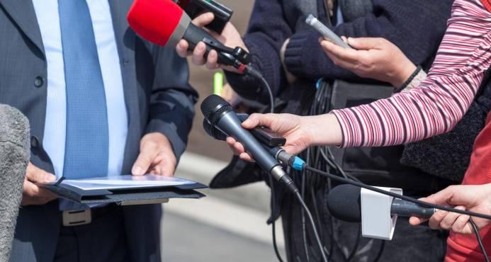 Los periodistas celebran su día con el reto de adaptarse a las redacciones integradas