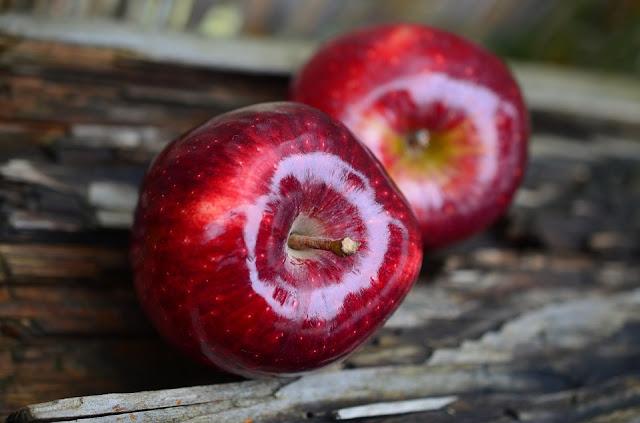 ¿Ayudan las manzanas a madurar otros frutos?