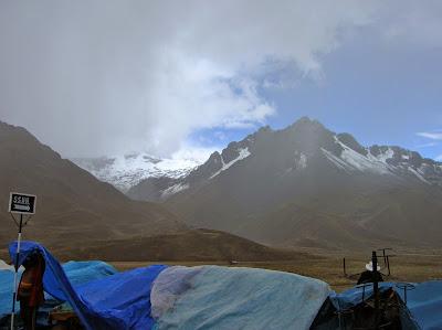 Cumbre de Chimboya, Perú, La vuelta al mundo de Asun y Ricardo, round the world, mundoporlibre.com