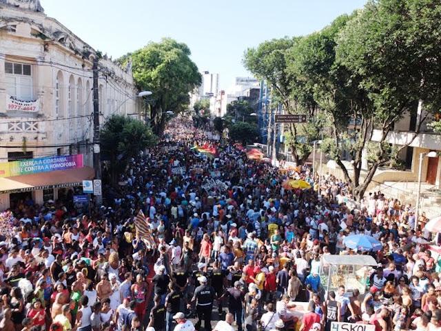 Domingo tem Parada LGBT com saída do Campo Grande