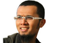 Kumpulan Ceramah Ustadz Hanan Attaki