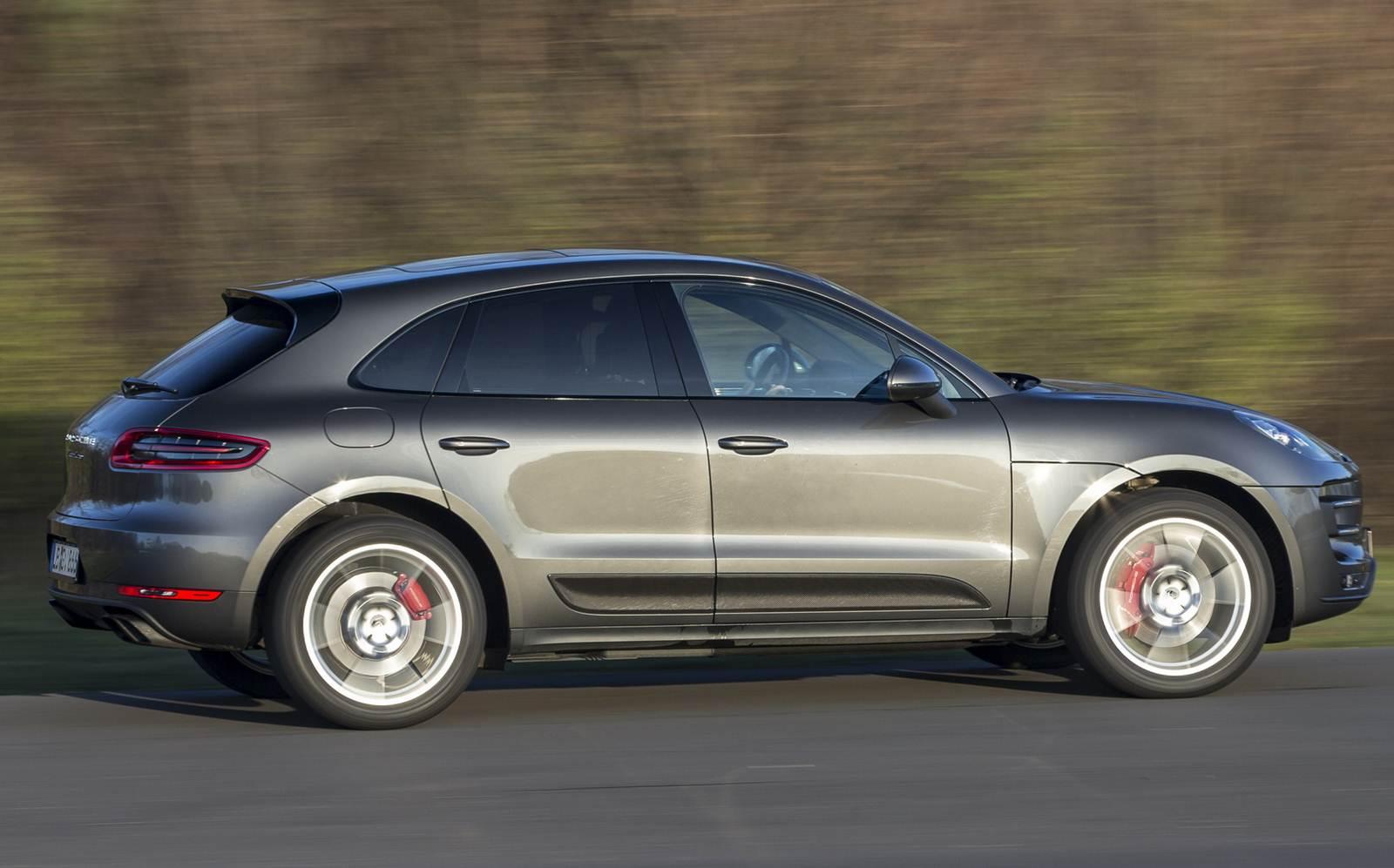 Porsche - considerada a segunda marca que faz os melhores carros