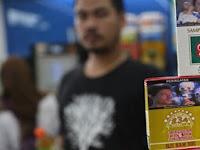 Heboh Isu Harga Rokok Sudah Naik, Pria Ini Borong 220 Bungkus Terlebih Dahulu!