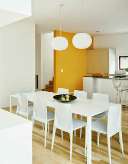 Choosing dining table Design in minimalist house