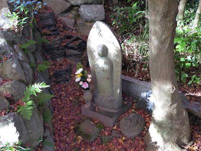 龍尾寺 石仏