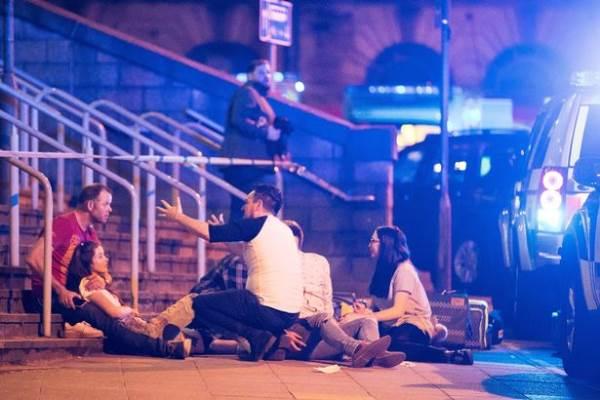 Τρομοκρατική επίθεση με νεκρούς και τραυματίες σε συναυλία της Ariana Grande στο Manchester