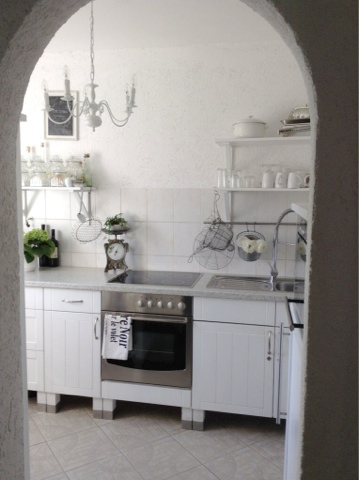 Vertraeumtes Stadthaus: Unsere kleine Küche