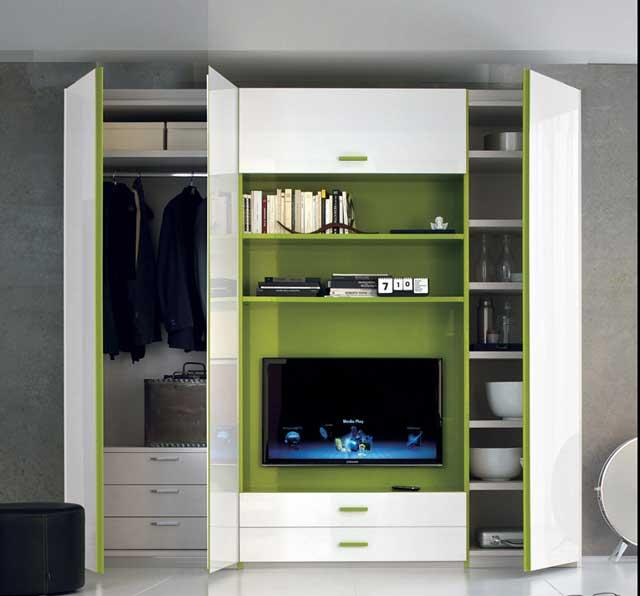 Lemari pakaian minimalis tv