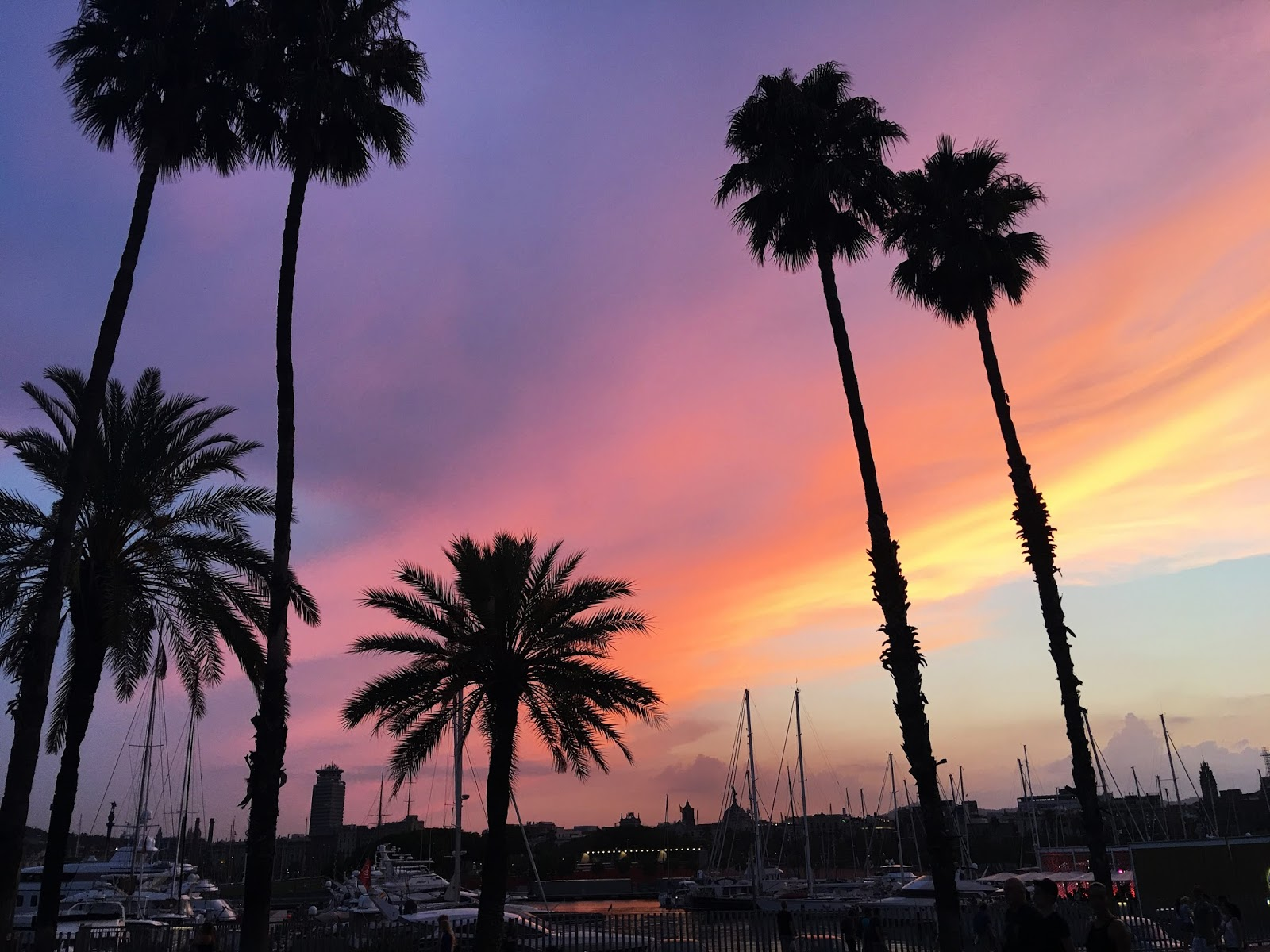 Travel: Two (Jam Packed) Days in Barcelona | Hollie in Wanderlust | Travel Blogger | Port Vell