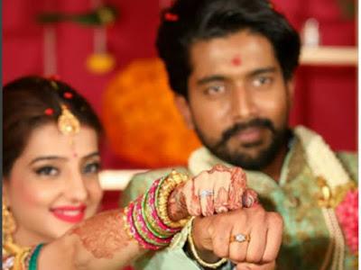 lovey-sasan-engagement-ring