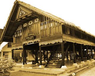 Keunikan Sejarah Rumah adab Tradisional Aceh Krong Bade  Tempat Wisata Keunikan Sejarah Rumah adab Tradisional Aceh Krong Bade ( Rumoh Aceh )