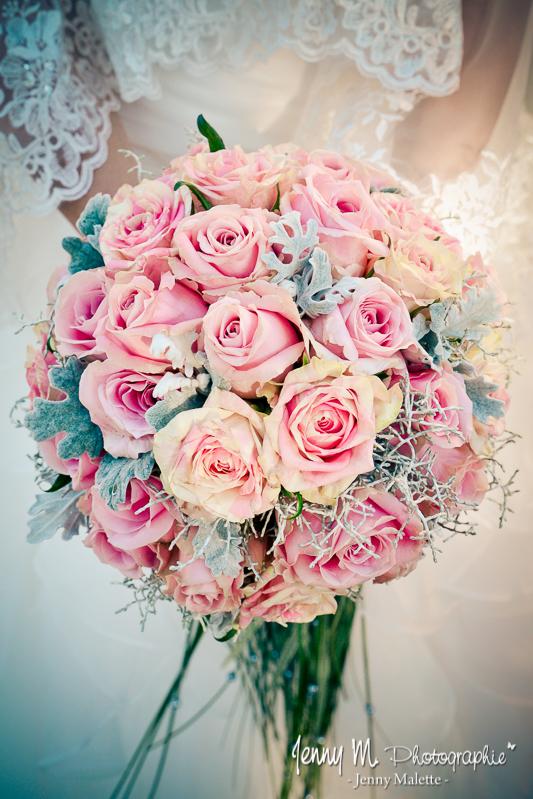 bouquet de la mariée roses roses