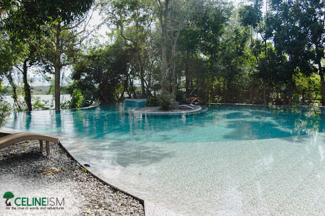 swimming pools in bulacan
