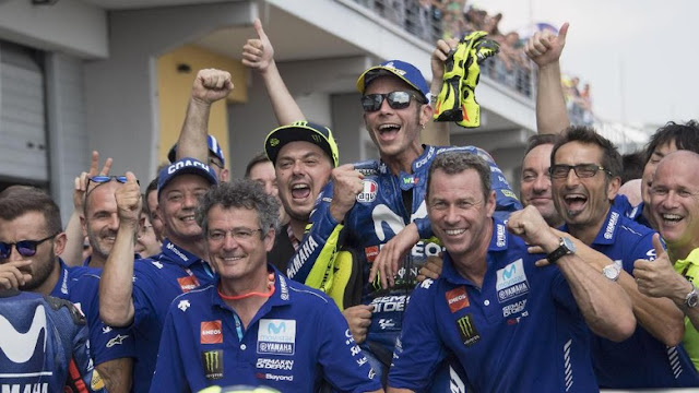 https://www.liga365.news/2018/07/valentino-rossi-merayakan-podium-kedua.html