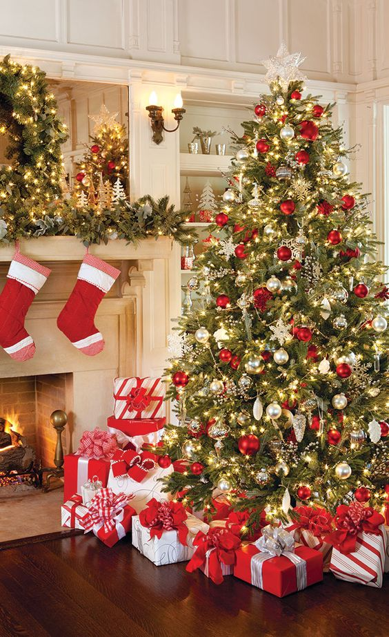 Christmas%2Btree%2Bdecorations%2Bideas%2Bbeautiful%2Band%2Bsimple%2B%252811%2529 - 11 Christmas Tree Decorations Ideas Beautiful and Simple