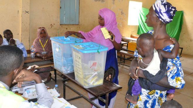Mauritania Senate abolished in referendum
